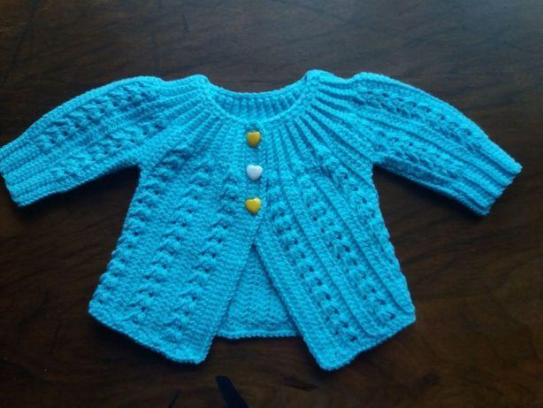 Puloveras cardigan crosetat bebe handmade