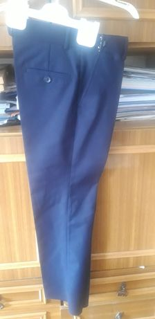 Школьные брюки,турецкие,34 размер,новые,на 7-8 лет, 2000 тг.