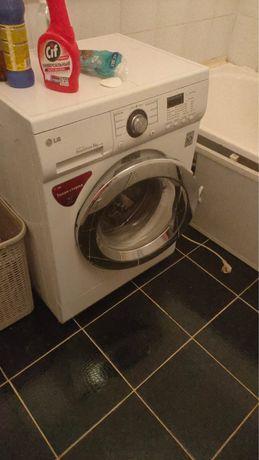 Продам стиральную машину lg direct drive б/у