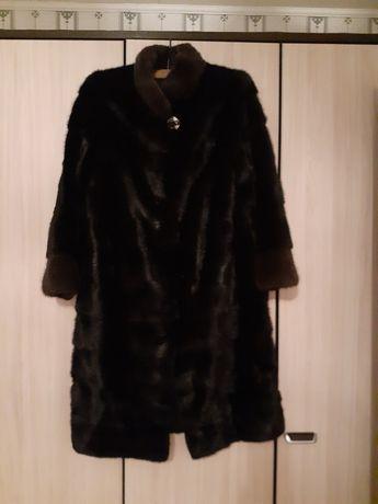 Продам норковую шубу в идеальном состоянии  одевала несколько раз.