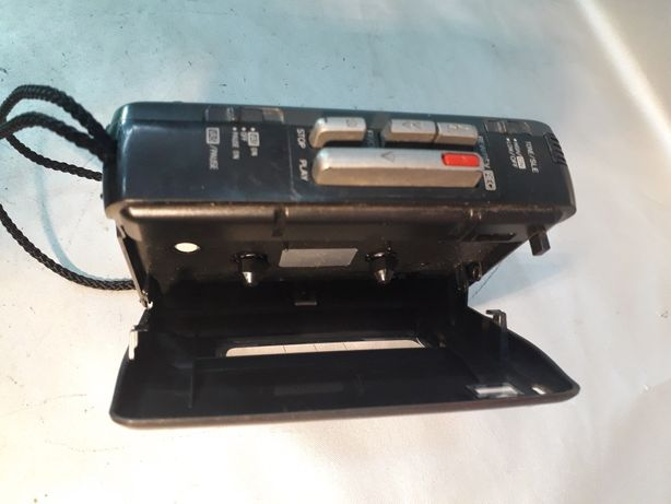 Panasonic casetofon mini walkman vechi made in taiwan