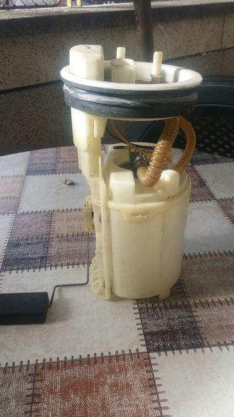 Бензинова помпа с нивомер