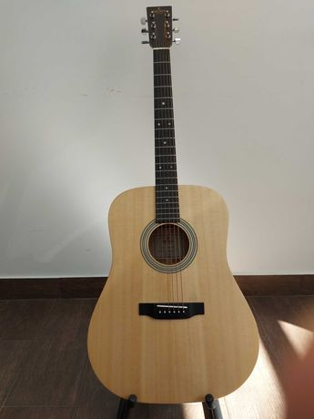 Леворукая гитара Sigma DM-ST