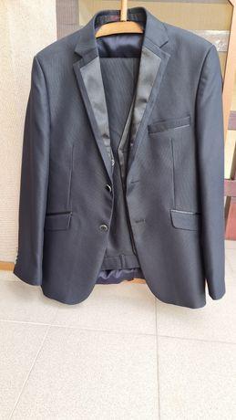 Costum barbati negru