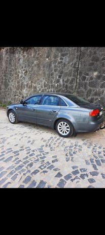Vând Audi A4 B7 Limuzina