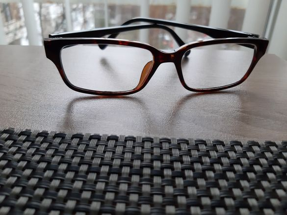 Диоптрични рамки за очила