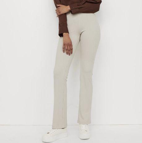 Pantaloni tip jazz reiați