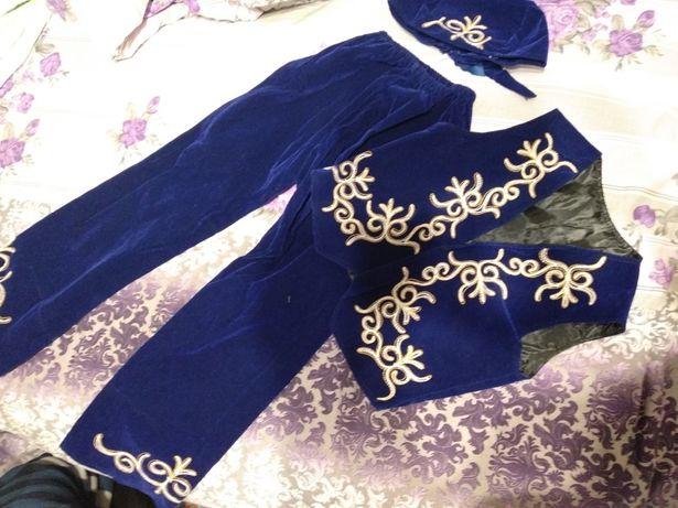 Сдам Казахский национальный костюм.