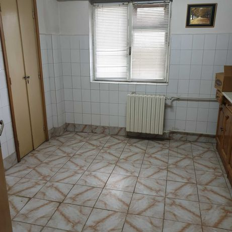 Apartament cu 2 camere, Caracal, langa Lidl