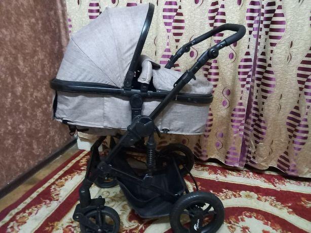 Детская коляска в идеальном состоянии