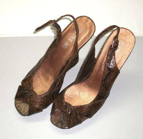 Vand sandale de dama Cink-Me, marimea 37, maro, noi