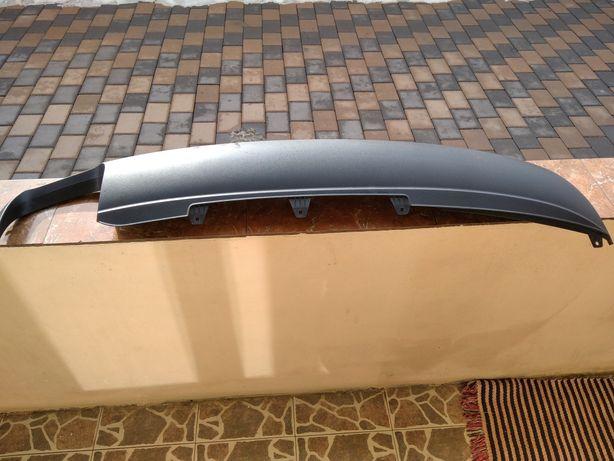 Vând extensie bara spate Audi A4 B8 Avant