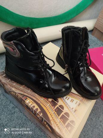 обувь для девочки  6-7 лет и другое