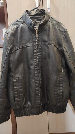 Продам куртку кожаную
