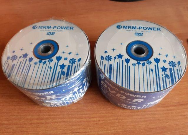 ДВД диски чистые 100 штук , в упаковки , 2500тг все
