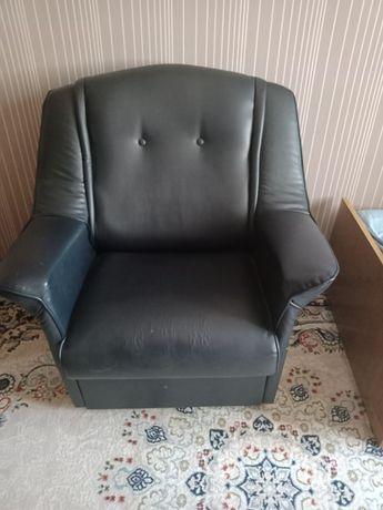 Продам п  Умбеталы цены окончательные самовывоз тахта 15000 и кресло