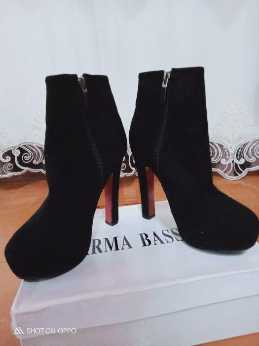 Сапоги на каблуках Эмба - изображение 1