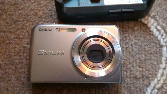 Фотоапарат- CASIO EXLIM