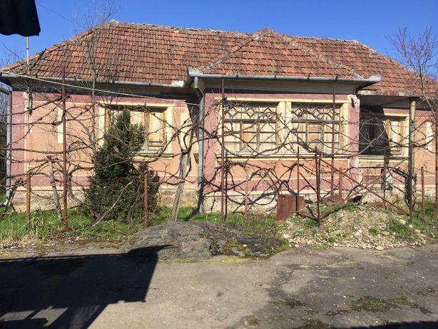 Vand casa in satul Picleu