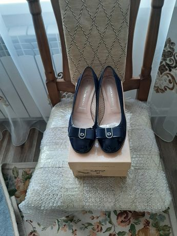 Продам  туфли (Италия)