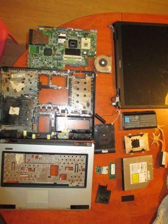 Лаптоп Toshiba SatelliteL40-170, L500D-149 за части