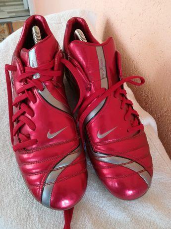 Crampoane noi Nike nr 45#
