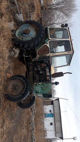 Продам  Трактор с прицепом и кзен и другие запчасти