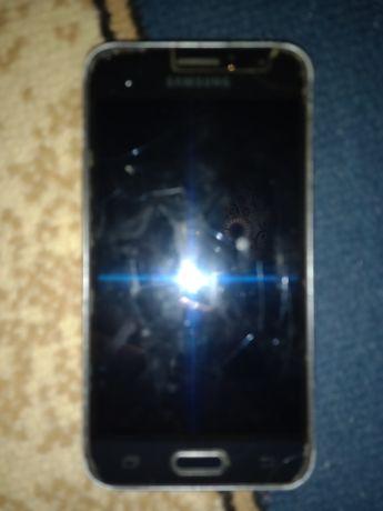 Samsung на запчясти или продам хорошо работает 8 гб