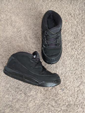 Adidasi Nike Air Jordan marimea 26