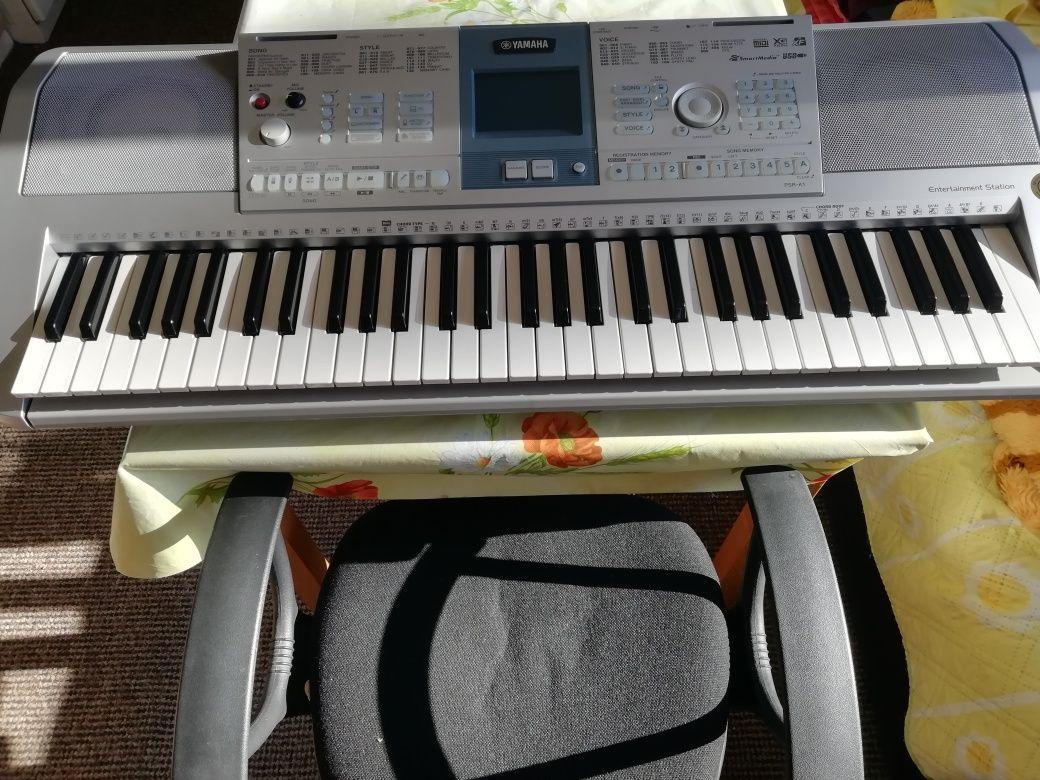 Продавам клавир yamaha psr k1