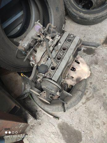 Двигатель на Тойота Карола