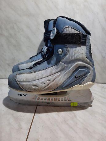 Patine gheata patinaj 83 Nike marime eu36,5