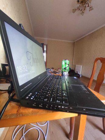 Продам мощный ноутбук Dell в идеальном состоянии