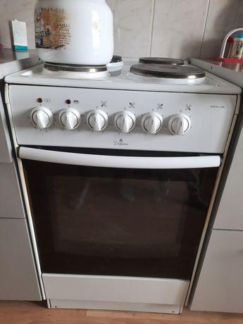 Продаётся электрическая плита Дарина
