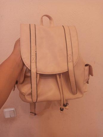 Рюкзак (нежно-розового и черного цвета)