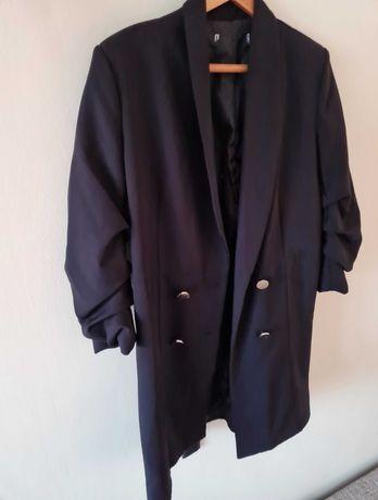 Стилно дамско палто