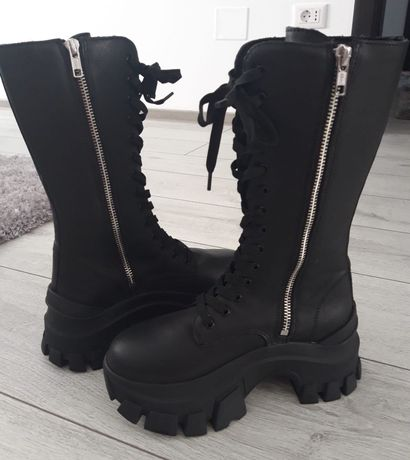 H&  M high leather boots