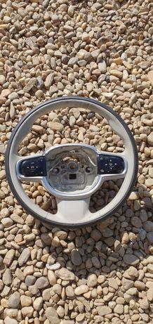 Volan Volvo XC90/S90 sh original in perfecta stare fără urme de uzura!