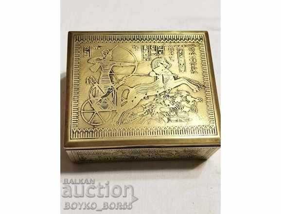 Великолепна Бронзова Старинна 19 век Египетска Кутия