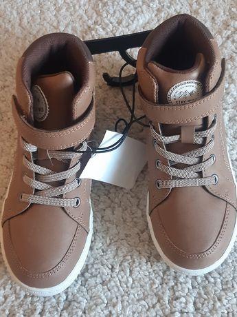 Чисто нови детски обувки H&M