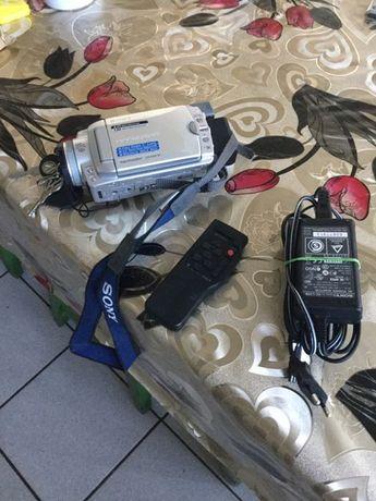 Video cameră Sony DCR-HC85E