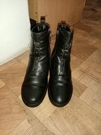 Одежды :куртки, обувь