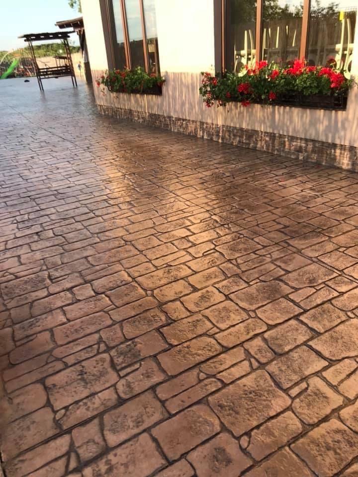 Beton amprentat Oradea - Beton amprentat Bihor Beton dezactivat Oradea