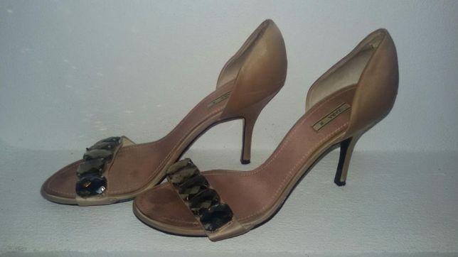 Sandale ocazie Zara nude
