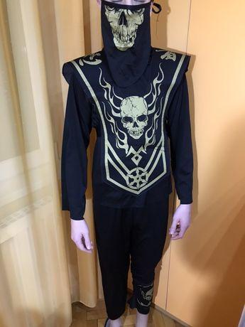 Costum halloween, 10 ani