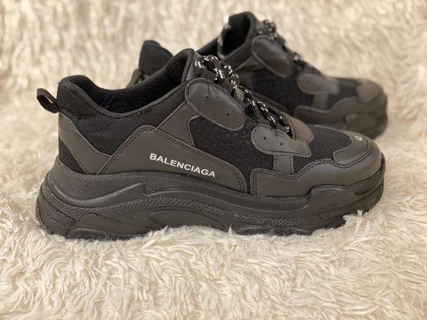 Balenciaga Triple S adidasi / tenisi/ sneakersi - Reducere
