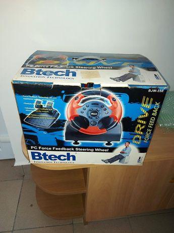 Vand volan cu pedale pt jocuri B-tech
