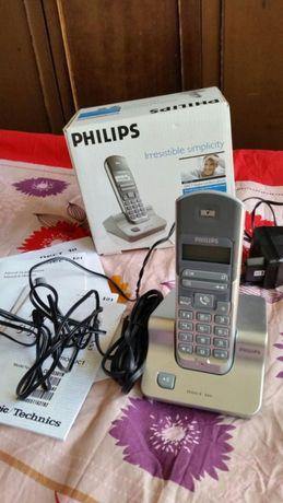 Philips DECT 121 стационарен телефон