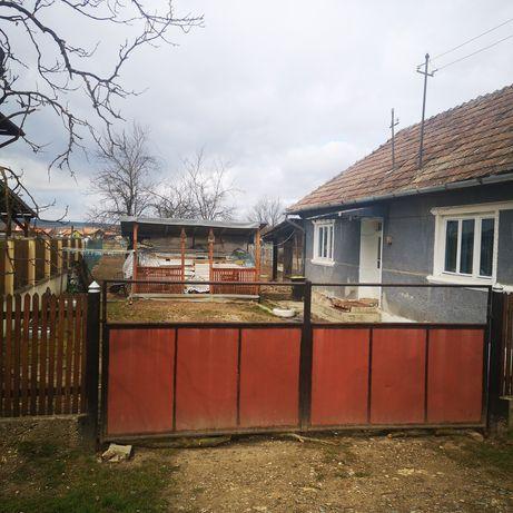 Vand casa la țară în localitatea Bontida