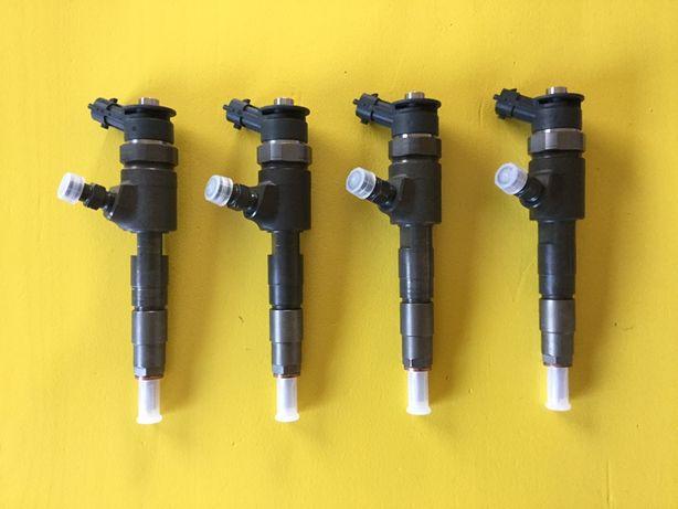 Injector injectoare Citroën Peugeot 1.6 hdi 0445110566